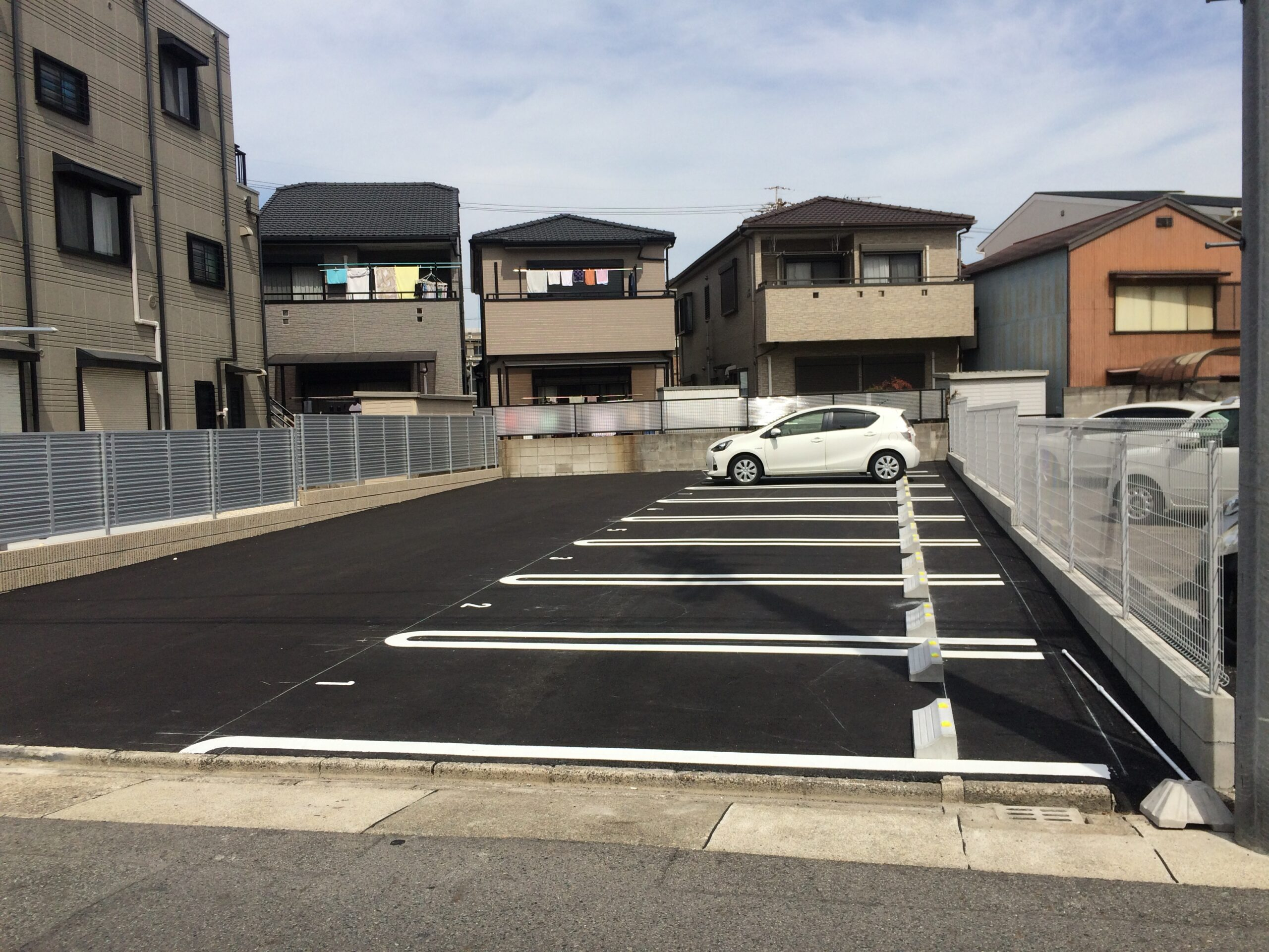 折戸町月極駐車場
