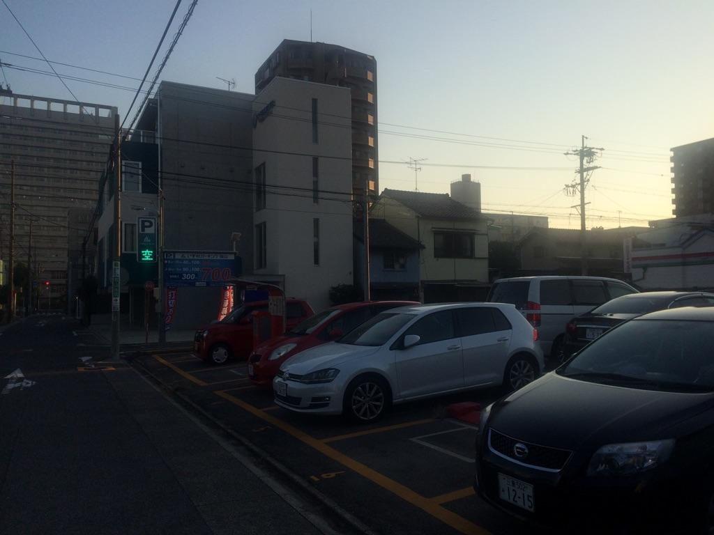 いずみパーキング桜山