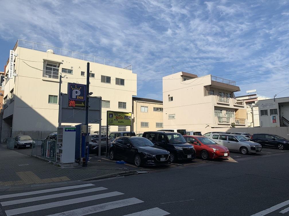 堀田通駐車場